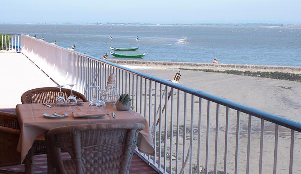 Terraza del restaurante de la Pousada de Ría de Aveiro