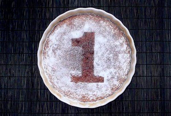Tarta de santiago para el aniversario del blog