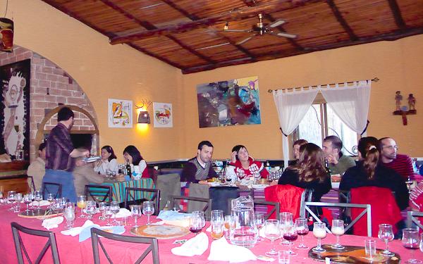 Interior del restaurante Algo Así