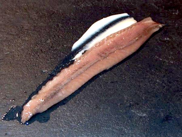 Anchoa con queso en aceite