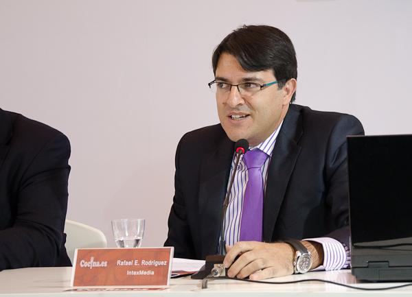 Rafael Rodríguez presentando cocina.es