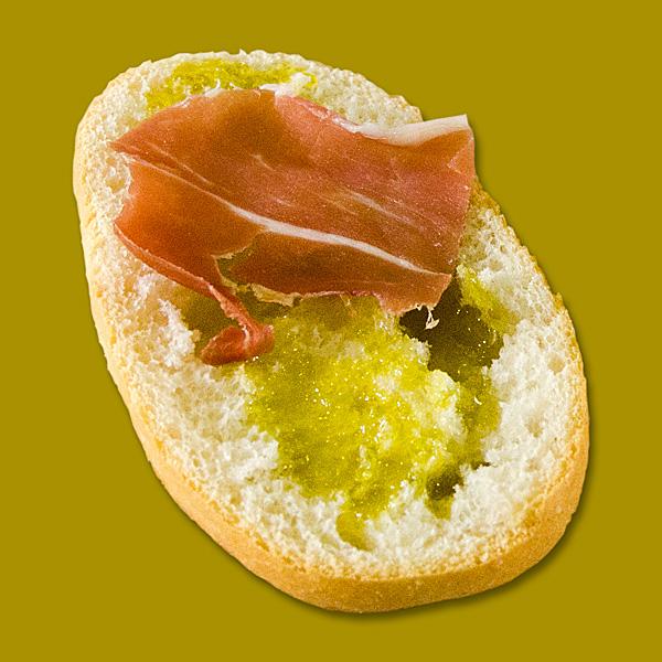 Paraíso de Sabores = pan + aceite + jamón
