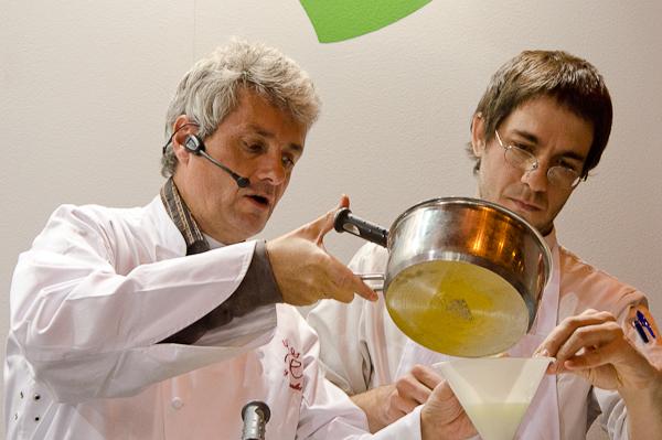 Fernando Canales y Paul Ibarra del restaurante Etxanobe