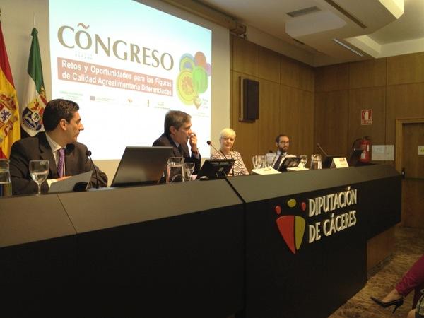 Mesa del Módulo de Difusión con Cristina Martínez